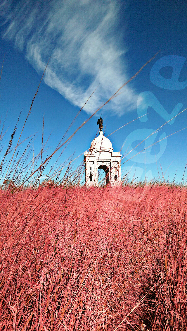 Red, white, and blue. #Gettysburg, #monument, #Pennsylvania