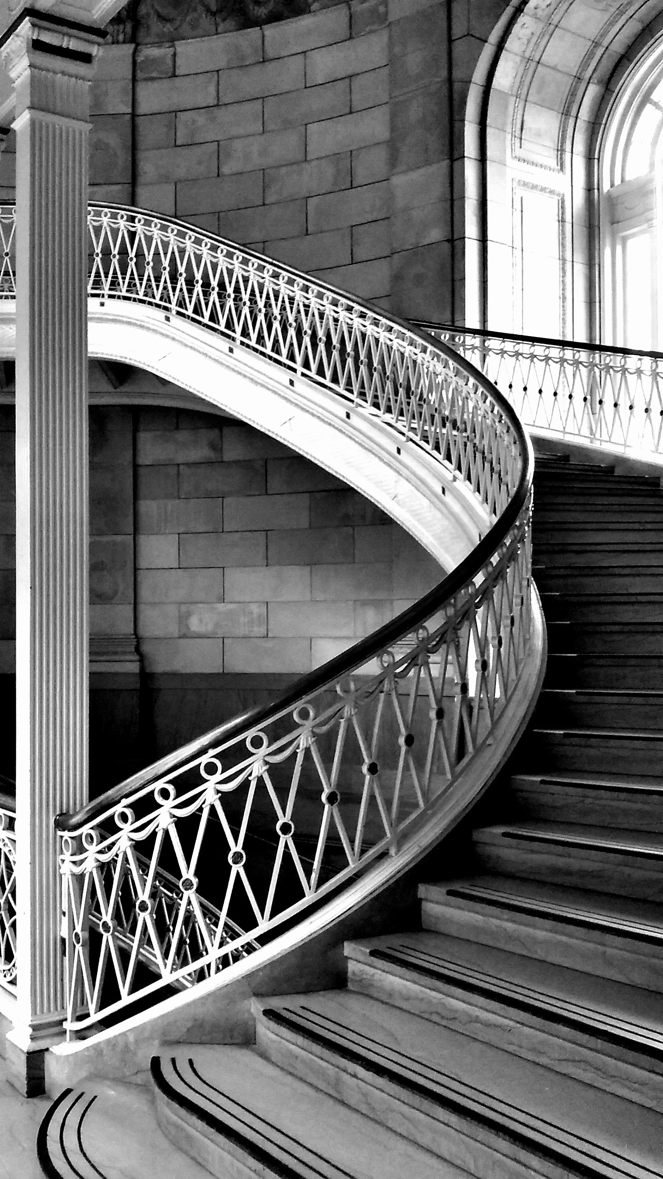 Stairway - Black and White Photos by Albertogeovany on PicsArt