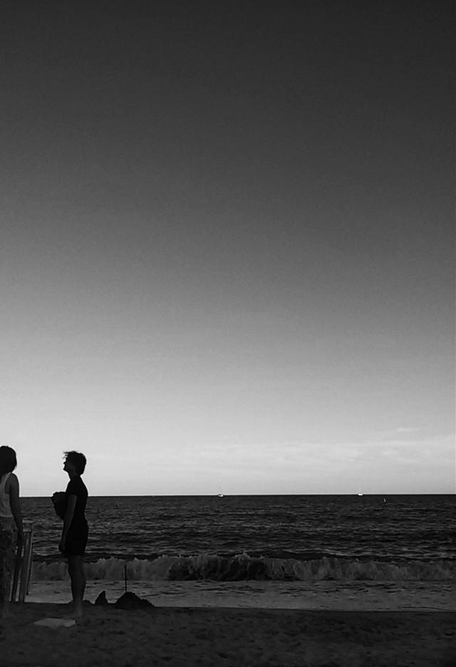 #wapblackandwhite #sea  #couple  #shadow  #silhouette  #water  #silence  #peace  #calm  #seasons