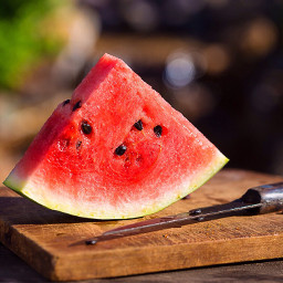 triangles redandgreen dailyinsperation photography summerfruits