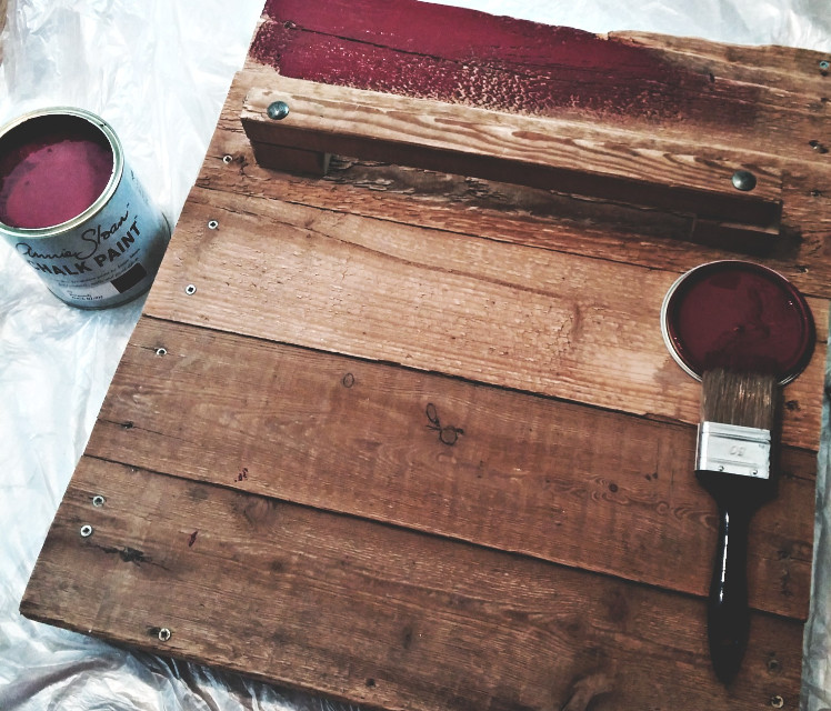 #photography  #wood  #paint  #myhobby  #anniesloan  #dramaeffect  #relaxing