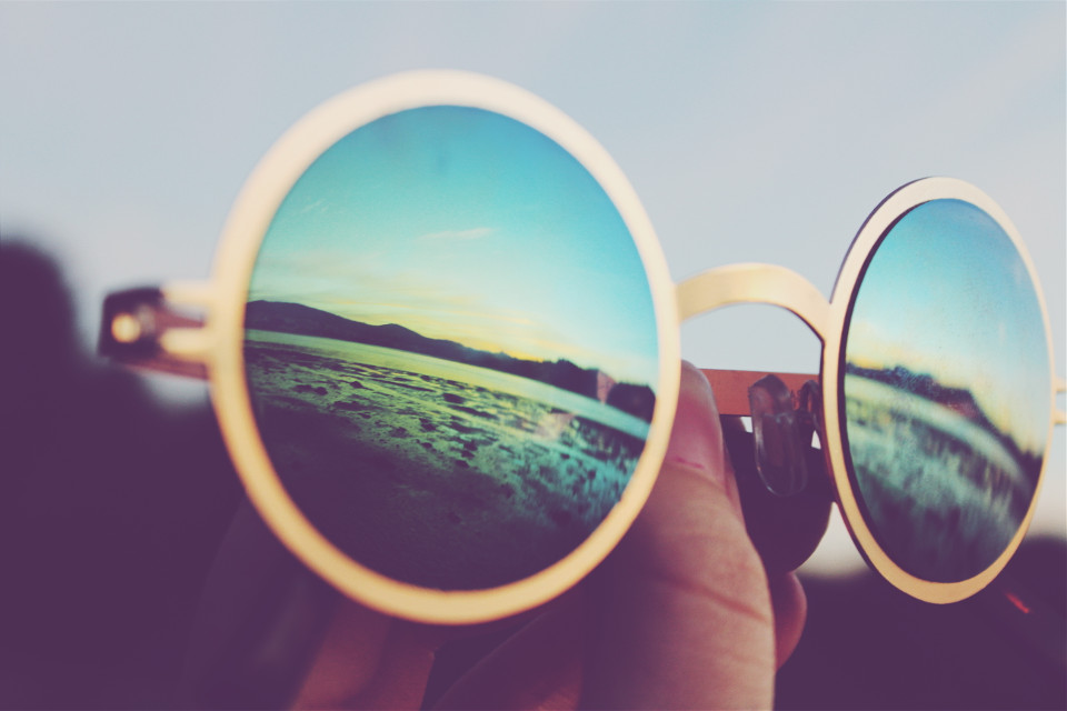 #Reflection #glasses #vintage #sunset #canon #canon_photos