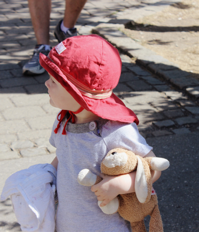 #streetphotography #baby #cute #red #interesting
