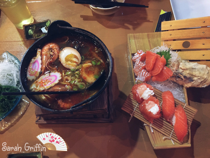 Awesome Spicy Japanese Noodle and Salmon Sahimi ~ #sushi #japanesefood #noodle #food #salmon #restaurant #delicious #foodphotography