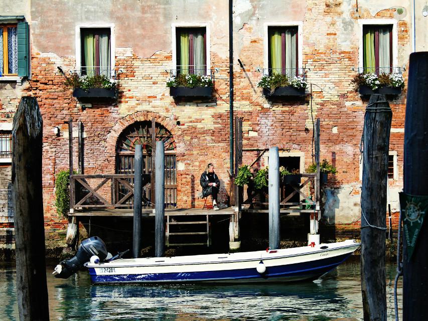 #architecture #silhouette #boat #water #venice #woman #travel