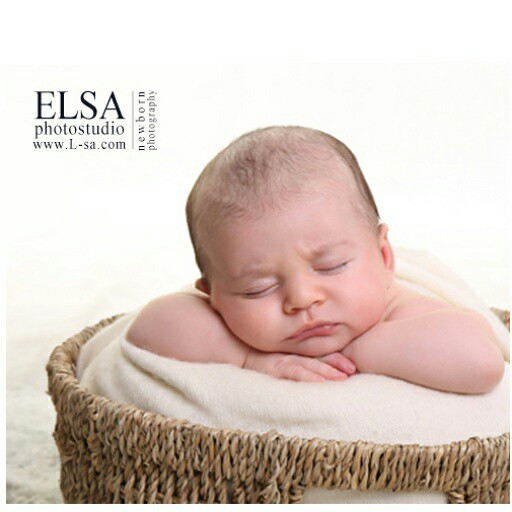 #baby  #photography  #kisphoto  #kids  #newborn  #kidsphoto  #kidsphotography  #newburn_photography @elsaphotostudio