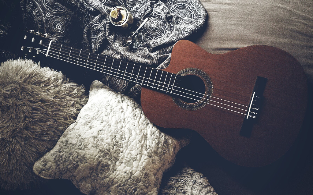 #comfort #guitar #music #passion #emotions  #photography  #StillLife