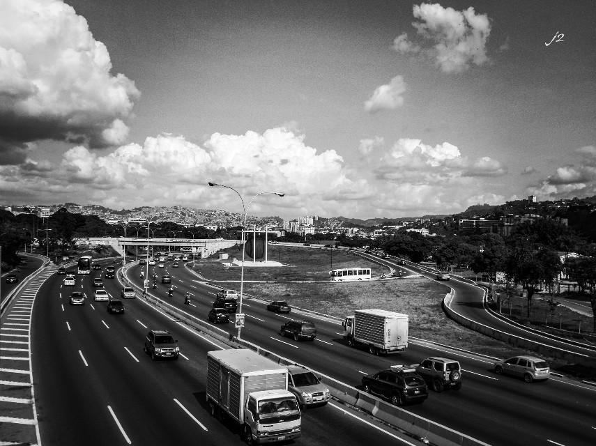 #blackandwhite #photography #j2 #blancoynegro #shadows #streetphotography #venezuela #mycity #miciudad #caracas #ccs #luzysombra